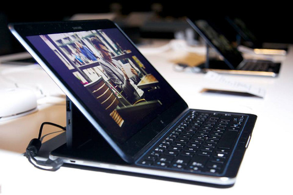 El Samsung ATIV Q en mode laptop