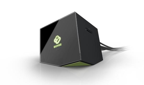 Boxee Box, fabricada per D-Link, incursió de l'empresa en el maquinari. Imatge cortesia de Boxee