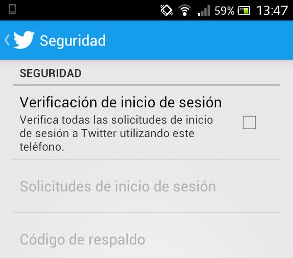L'opció per activar la verificació de login dins l'app mòbil de Twitter