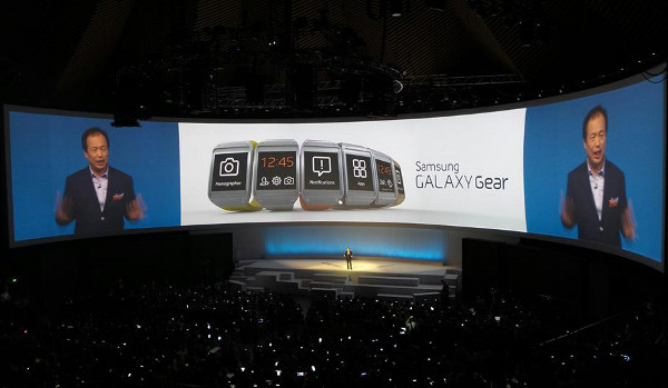 Un moment de la presentació del Galaxy Gear