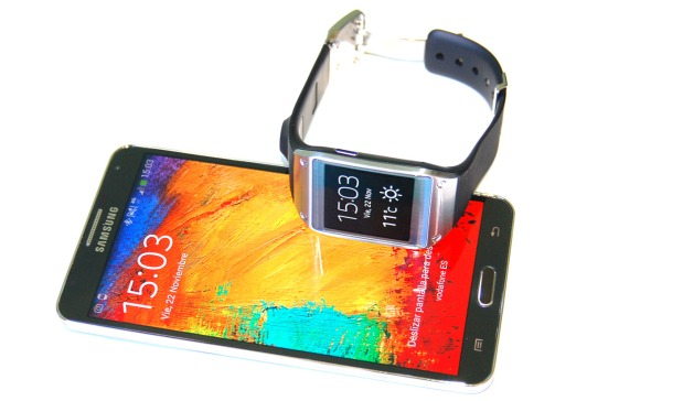 Samsung_galaxy_Gear_ext8
