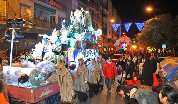 Cabalgata de Reyes de Esplugues de Llobregat. Imagen del Ayuntamiento de Esplugues de Llobregat en Flickr bajo licencia Creative Commons