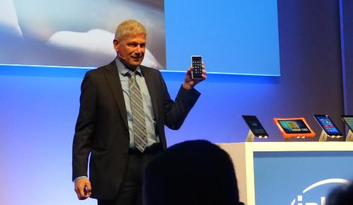 Smartphone con plataforma de 64 bits de Intel