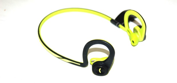 plantronics_blackbeat_fit_1