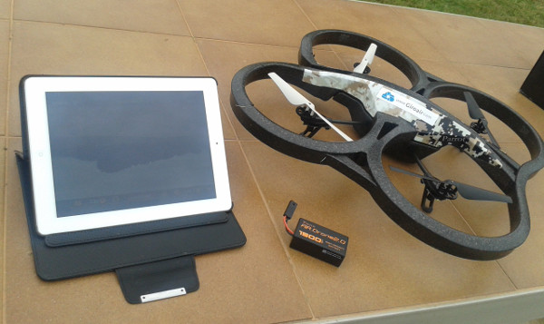 El drone de Parrot con la carcasa que rodea las hélices