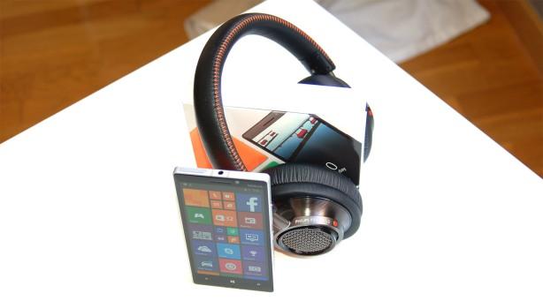 Nokia_lumia_930_exterior11