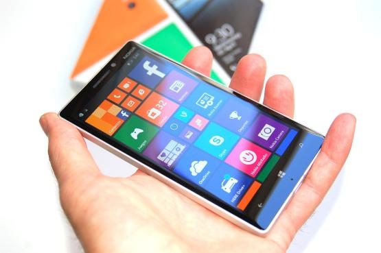Nokia_lumia_930_exterior9