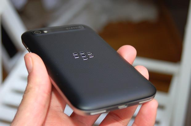 blackberry_classic_9
