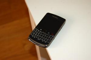 blackBerry_bold_9700_1