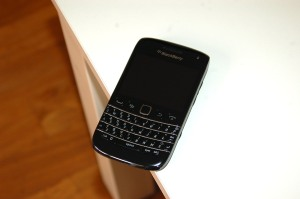 blackBerry_bold_9790_1
