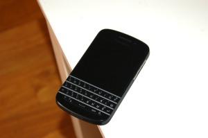 blackBerry_q10_1